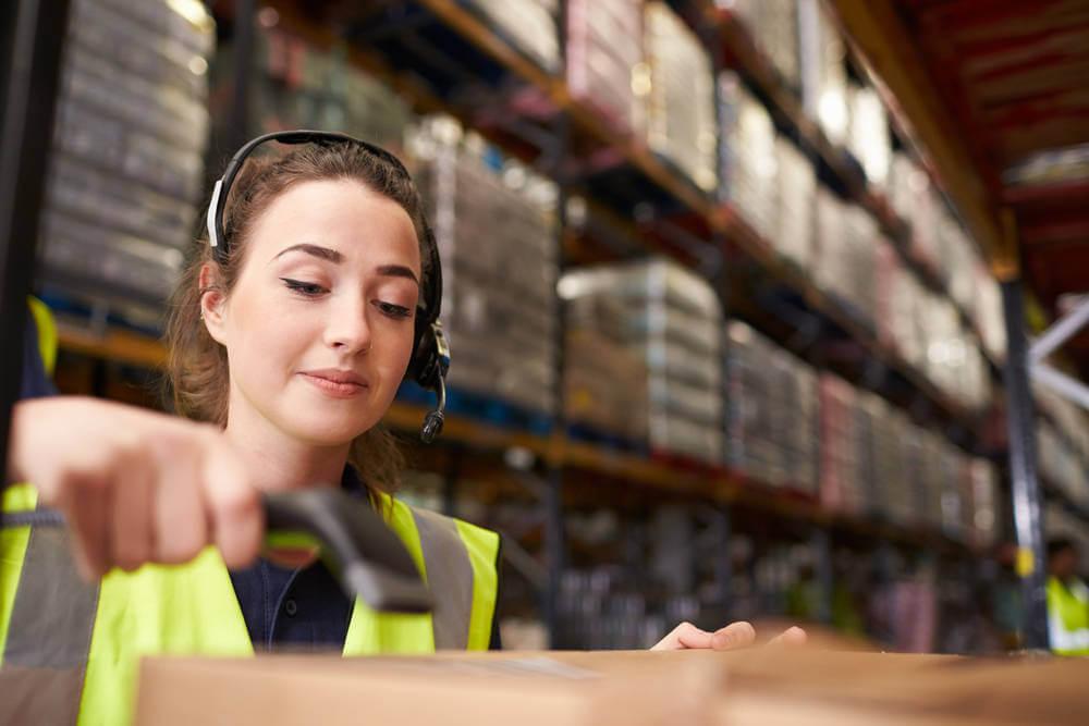 logistique, transport, cdi, descriptif de poste, métier, jeune diplômé, carrière, orientation, responsable logistique et transport