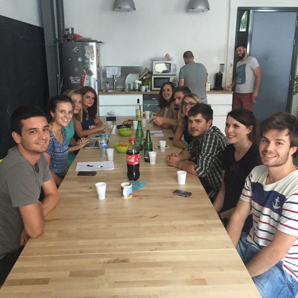 ambiance, Wizbii, start-up, entrepreneuriat, petit déjeuner, équipe, team, travail, emploi, bonne humeur