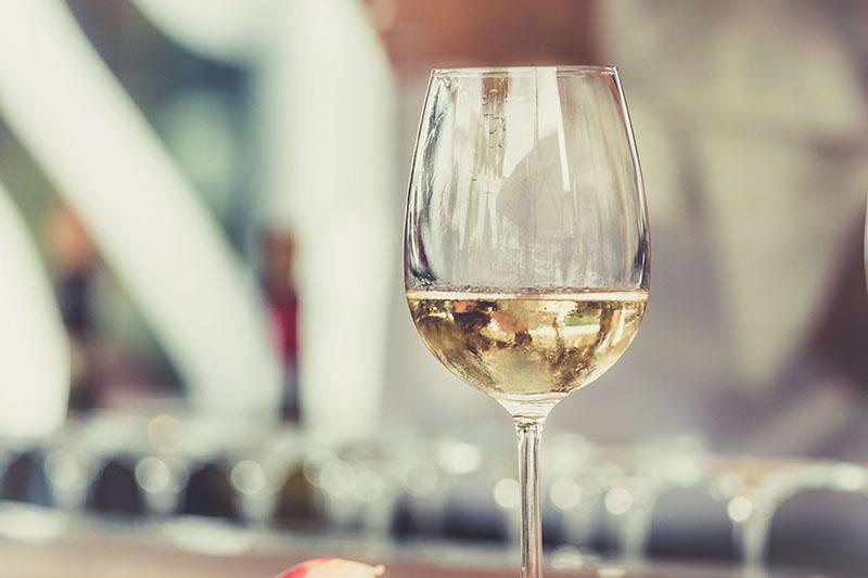 Patrick, Brand Ambassador chez Pernot Ricard, a effectué un master 2 management spécialisé en entrepreneuriat et marketing dans les vins et spiriteux