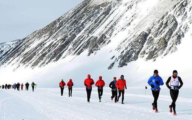 Maratón, carrera, esfuerzo, constancia, marathon, nieve, corriendo, correr, deporte, invierno
